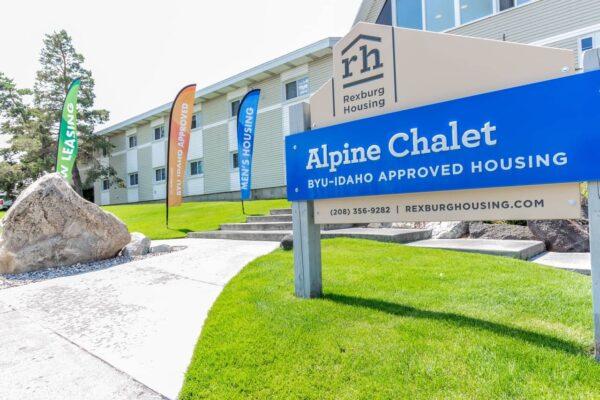 Alpine-Chalet34